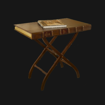 History of Art adjustable table