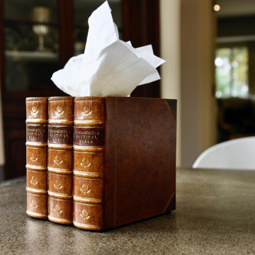 Square tissue box
